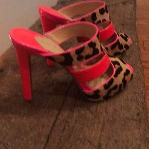 GIANNI BINI STUNNING Hot Pink /Leopard High Heels.